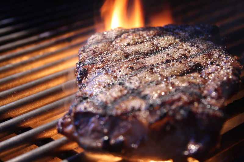 Four Mistakes to Avoid when Grilling Steaks