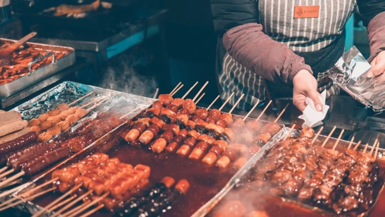 Street Food to Enjoy While Visiting the Korean City Seoul