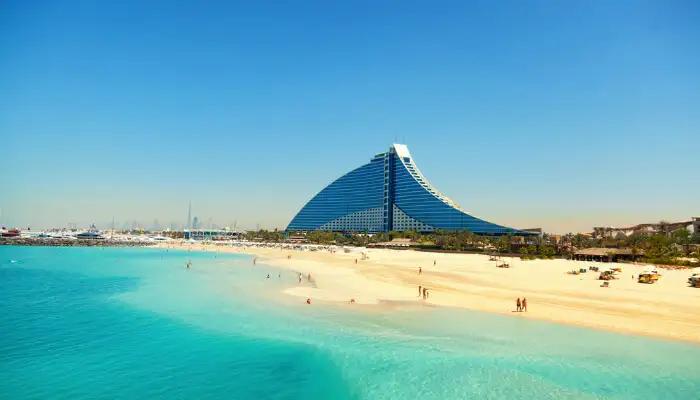 Dive Into the Shoresof the Best Beaches in Dubai